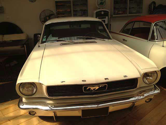location mustang 1966 coupé